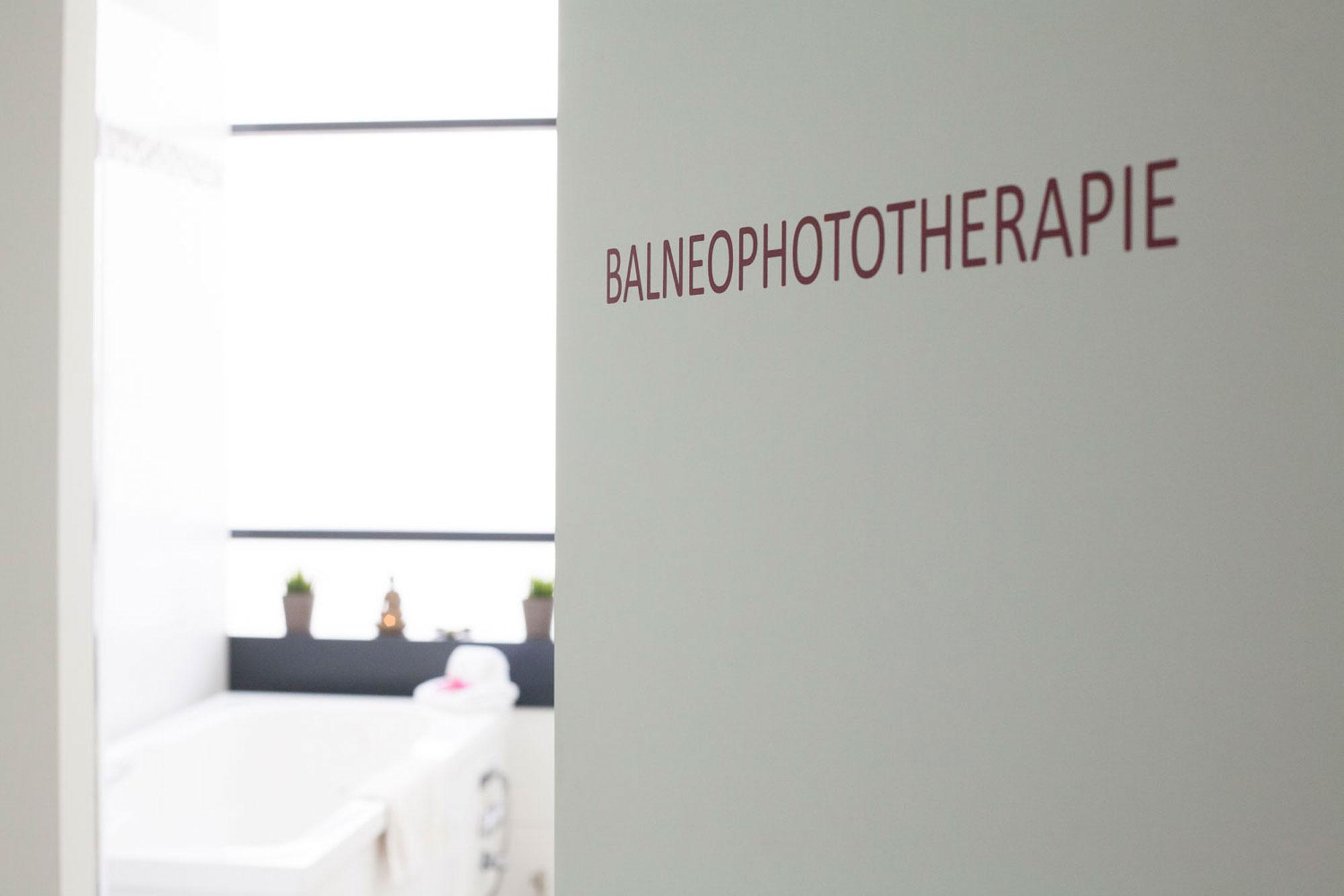 Bild einer Balnoephototherapie